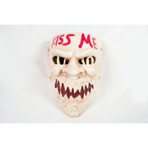 Resin 'Kiss Me' Mask