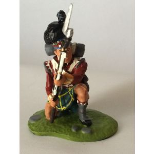 Pewter Gordon Highlander Kneeling