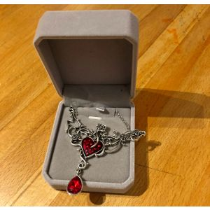 Queen of Hearts Pendant in Box